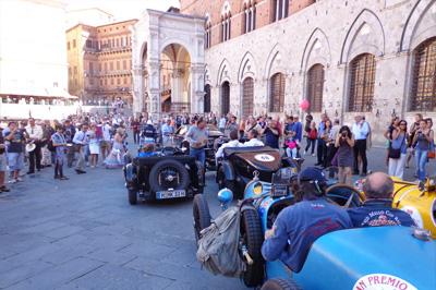 Oldtimer- und Cabrio-Reise in der Toskana, Umbrien und den Marken