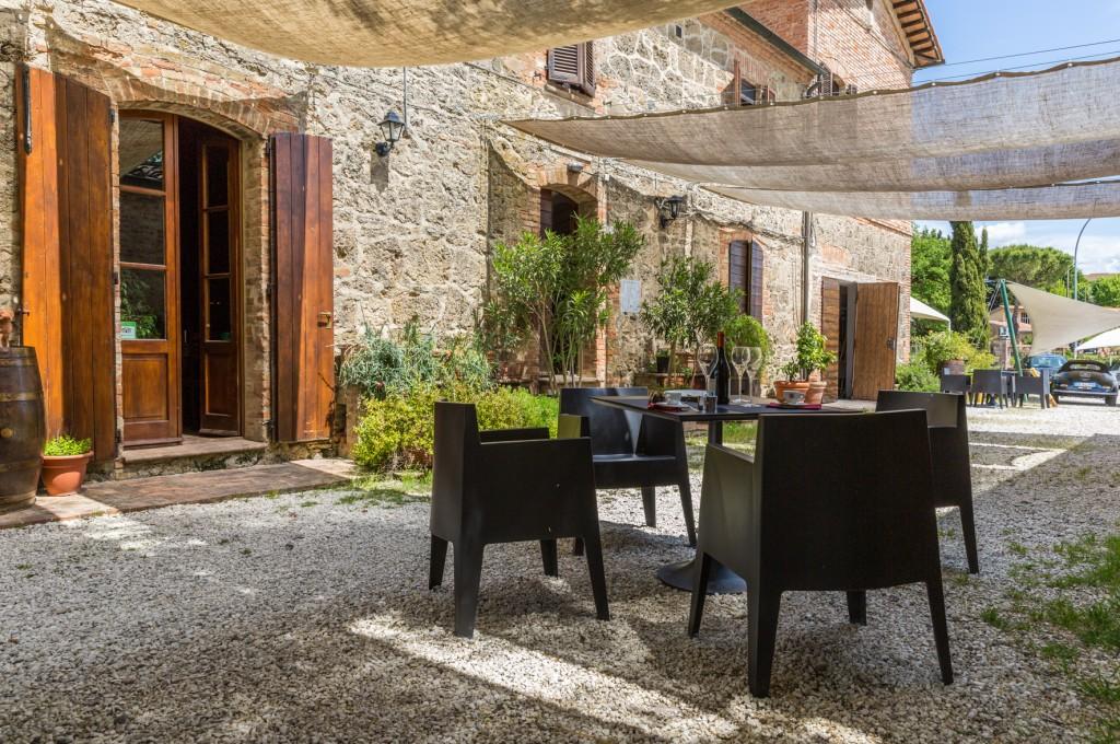 T9-posto segreto - Wein- & Pasta-Bar Toskana
