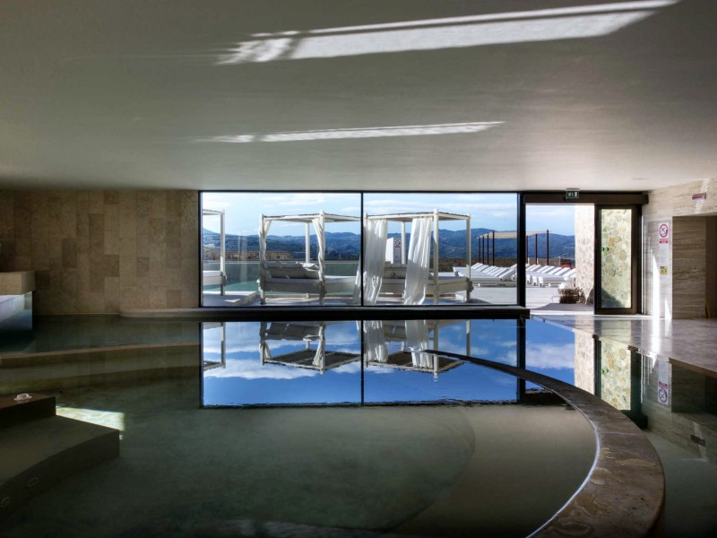 castello-di-velona_indoor-pool