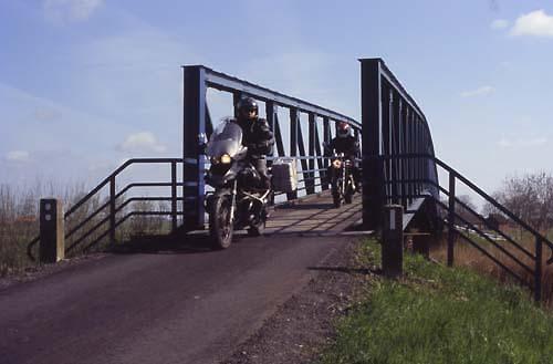 R66-motorrad-brücke