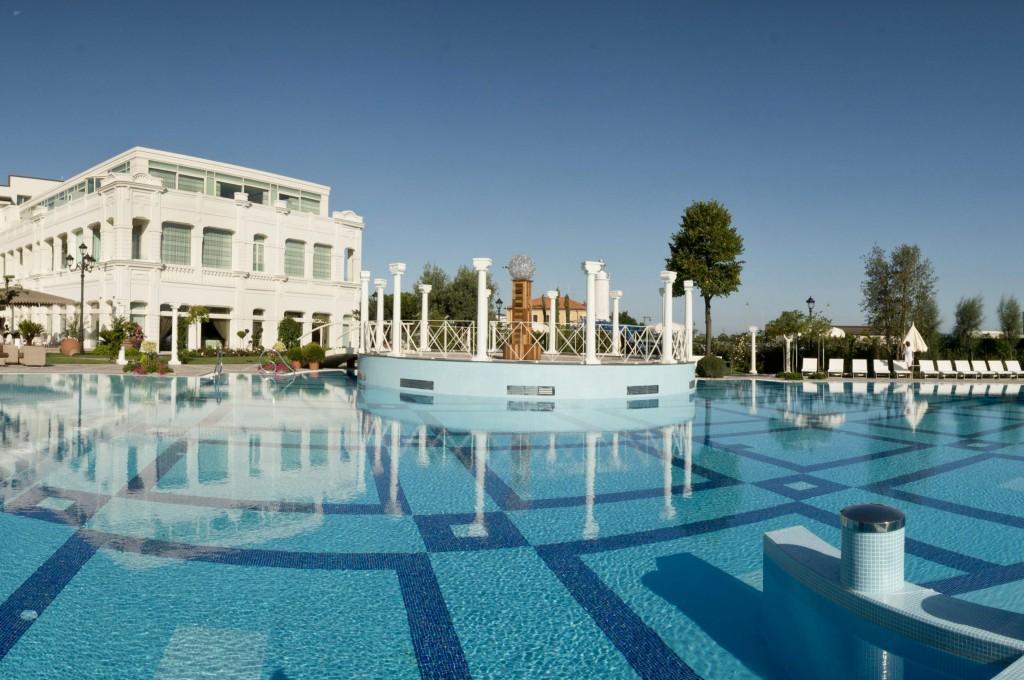 Selec Hotels GH da Vinci Piscina Panoramica 3