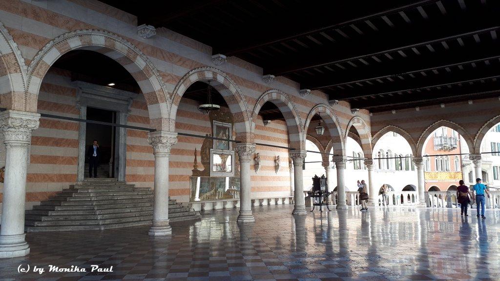 Udine - Piazza della Libertà mit seinen Palazzi