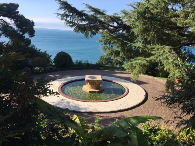 Hotel Riviera - garden
