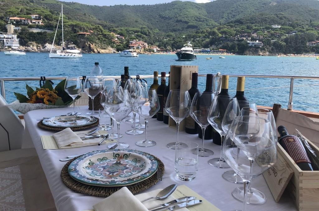 An Bord Privatyacht San Lorenzo